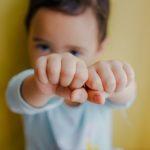 Cosa possiamo fare in pratica per gestire la rabbia nei bambini