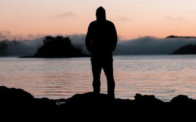 Ansia sociale: i sintomi, i meccanismi di mantenimento del disturbo e il trattamento